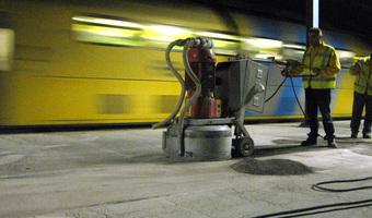 Verwijderen coating - Removing coating - Entfernung von Nachbehandlungsmittel