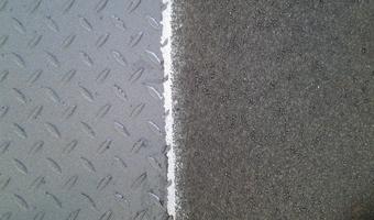 Stralen van staal - Strahlen von Stahl - Blasting steel